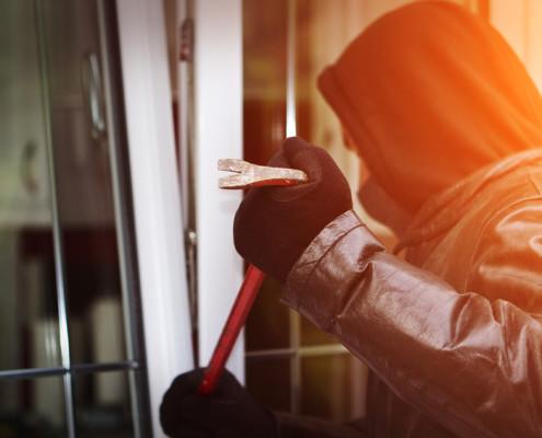 einbruchschutz fenster und t ren sichern bei der deutschen fensterbau. Black Bedroom Furniture Sets. Home Design Ideas
