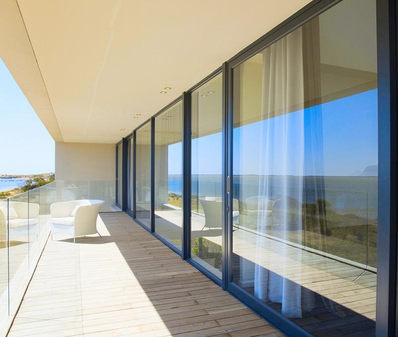 Fenster und Türen zur Terrasse gibt es in verschiedenen Ausführungen zu kaufen.