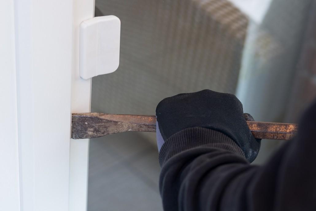 Viele Einbrecher gelangen über Terrassentüren im Erdgeschoss in die Wohnung.