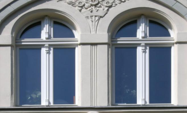 Fenster mit Kämpfer und Kämpferprofil