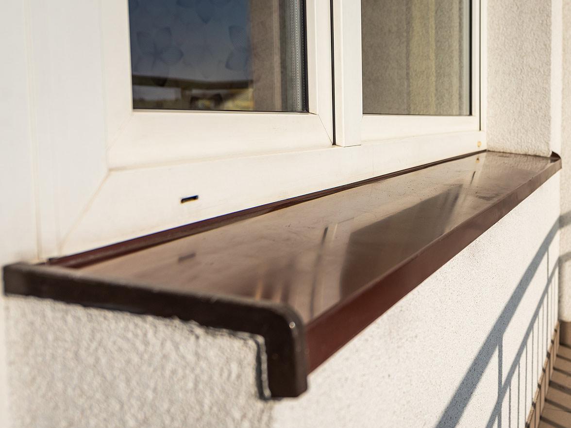 Fensterbank aus Metall